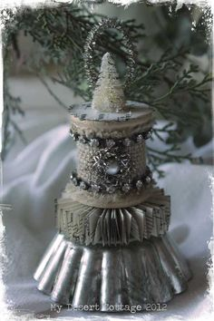 **My Desert Cottage**: Tart Tin and Spool Ornaments