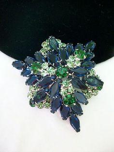 Fabulous Vintage 60s Blue Green Rhinestone Juliana Silvertone Layered Brooch Pin