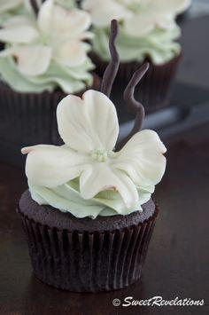 White modeling chocolate recipe model chocol, chocolate cupcakes, chocolate recipes, chocolate cups, flower cupcakes, baking, edible favors, white model, modeling chocolate