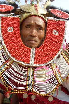 ˚Naga people live in foot of Mt. Saramati. There are so many clans of Naga, over 60. He is a head of ' Tangun Naga '