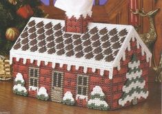 SNOWY BRICK COTTAGE TISSUE BOX COVER PATTERN**PLASTIC CANVAS PATTERN