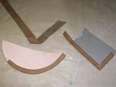 La Bricoleuse - Tutorial: Leather straps and edge-binding