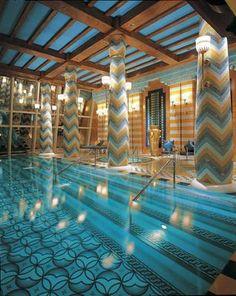 Burj Al Arab Hotel- Dubai #BurjAlArab #luxury #hotels #dubai #travall #mobile #app http://www.travall.tv/