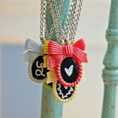 Check out this super easy tutorial on how to make a chalkboard pendant necklace.