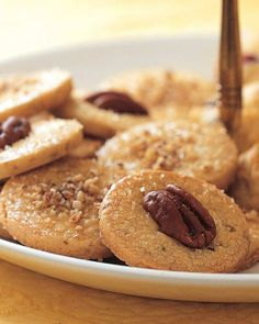 Maple-Pecan Shortbread Recipe