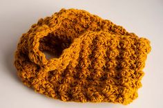Ravelry: Sedge Stitch Cowl pattern by Anneliese