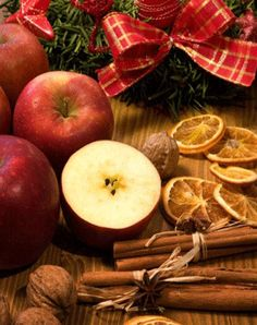 9 Easy, Edible Holiday Ornaments: Organic Gardening