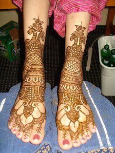 Beautiful intricate wedding mehndi design henna application on Indian or Pakitsani bride's feet for a Indian or Pakistani hindu wedding. Keywords: weddings mehndi henna Indian Pakistani bride #weddings #mehendi #design #henna #indian #pakistani #hindu #bride #weddingmehendi #weddinghenna #jevel #jevelwedding #jevelweddingplanning Follow Us: www.jevelweddingplanning.com www.facebook.com/jevelweddingplanning/  www.pinterest.com/jevelwedding/ www.linkedin.com/in/jevel/ www.twitter.com/jevelwedding/