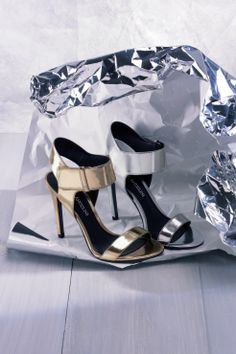 Gorgeous metallic sandals - perfect for parties.