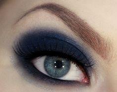 Indigo Smokey Eye