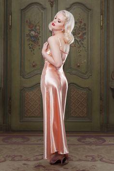Peach Bettie Nightgown Model: Frankii Wilde Photography: Iberian Black Arts