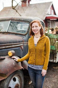 Ravelry: Reverb pattern by Tanis Lavallee