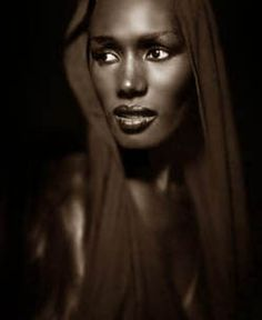 Grace Jones. S) this is a wonderful picture of grace jones.