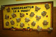 This is a good bullitan board for preschool and kindergarten kids. Make the owls in advance, so that you aren't rushed when it comes to making the board. Have the kids make the owls using paper bags and pre-cut the eyes and nose for them. This is a good board to show their creativity and showcases what they do when they are at school.