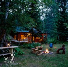 Tiny cabin in the woods - such a relaxing looking get away spot!