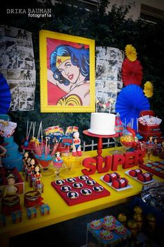 Wonder Woman themed birthday party: Sweets Table