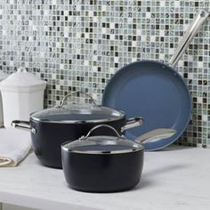 Enter for a chance to win this eye-catching GreenPan Classic Collection Ultimate Hostess Color Cook Set created by celebrity chef, restaurateur and entrepreneur, Todd English! #giveaways #sweepstakes #win #free