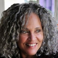 Charlayne Hunter-Gault grey hair, gray hair, hair colors, ageless beauti, silver hair, charlayn huntergault, south africa, foreign correspond, silver fox