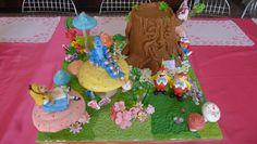 Birthday cake - Alice in wonderland, by Karine Zablit © Walt Disney