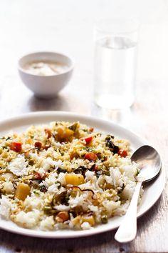 Vegan kerala veg biryani : delicately spiced and fragrant mild vegetable biryani made with coconut milk. This sounds absolutely amazing.