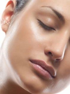 Home Remedies To Tighten Skin Pores