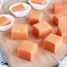 Save that candy corn! You're going to want to make this SUPER EASY and delicious Butterfinger Fudge stat!