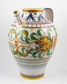 L'Antica Deruta pitcher
