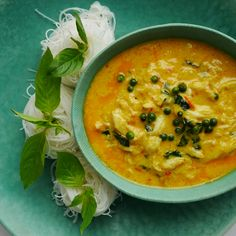 yellow crab curry at