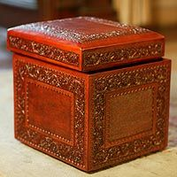 Colonial Ivy Ottoman from Novica