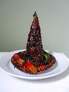 Witches hat Halloween treat- fun for kids to make and even more fun to eat