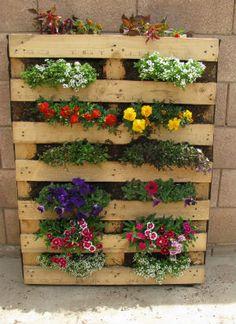 pallet idea, craft, pallet projects, pallet garden, herbs garden