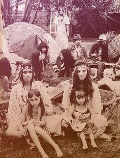 hippie family. Those girls are gorgeous!