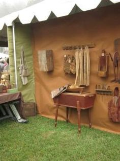 www.daysofthepioneer.com - Antique show to benefit the Museum of Appalachia! Promoted by A Simple Life Magazine