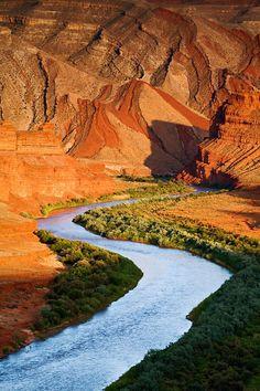 Looking down the San Juan River towards the Raplee Anticline near Mexican Hat, Utah. Photo by Adam Schallau