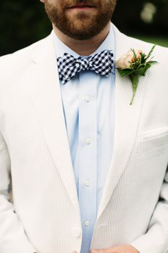love this groom's lo