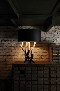Table lamp OUTLINE | Table lamp - Bleu Nature