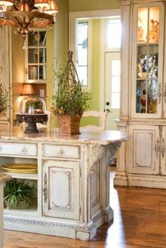 Distressed cabinets I want my kitchen like this!