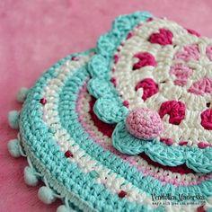 Hearts purse - crochet pattern.  $5.30 for pattern 6/14.