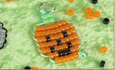Jack-O-Lantern Bead Pet - step by step photo tutorial