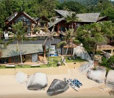 .  Guest Review - Baan Hinta  'Please let me come again' This was the best holiday experience I have had in recent years.There were 6 adults and one toddler in our family group. The eldest traveller was my mother 88yrs and the youngest our grandaughter 18 months. There were five beautiful and extremely private suites …Read more : http://www.tripadvisor.com/VacationRentalReview-g293918-d3290090-Baan_Hinta-Koh_Samui_Surat_Thani_Province.html#review_156648466 Review by Caramello, Queensland