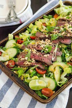 Grilled Thai Beef Salad with Sesame Lime Vinaigrette| soletshangout.com #soletspigout #salad #summer #glutenfree #paleo #primal