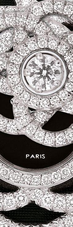RelÓgio em ouro branco 18 quilates e diamantes RELÓGIOS JOALHERIA CHANEL