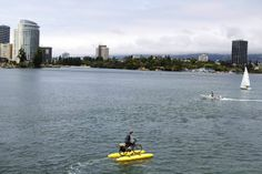 Did you know there's a lake right in the middle of downtown Oakland? Stroll along the shore of Lake Merritt or take a boat ride. #RediscoverCA