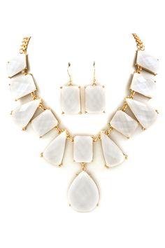 London Necklace Set in Ivory Shimmer