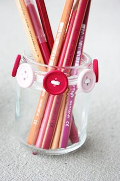 craft day, office accessories, jar, diy accessories, button craft, buttons, diy projects, back to school, pencil holders