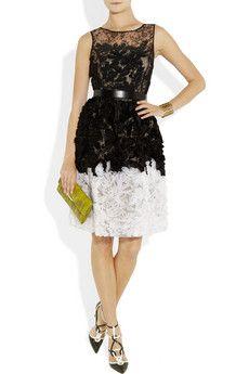 oscar de la renta chantilly lace and organza dress