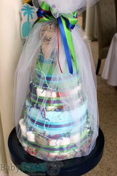 Baby Shower Diaper Cake   All mommies must visit www. upscale-mom.com for multi tasking magic!