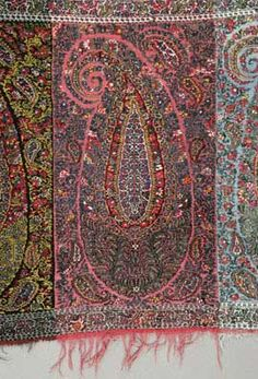 another great resource on the Paisley Shawl w/ references paisley design, paisley shawl