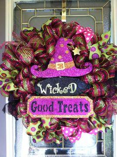 Wreaths On Pinterest Deco Mesh Wreaths Mesh Wreaths And