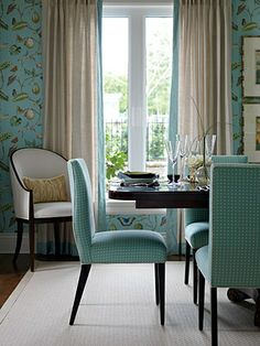 A study in neutral backdrops brought to life with bold injections of bright shades drawn from the surrounding ocean views. It's formal yet family friendly, elegant yet easygoing, and fashionable at every turn.  Dining Room  Cole Dining